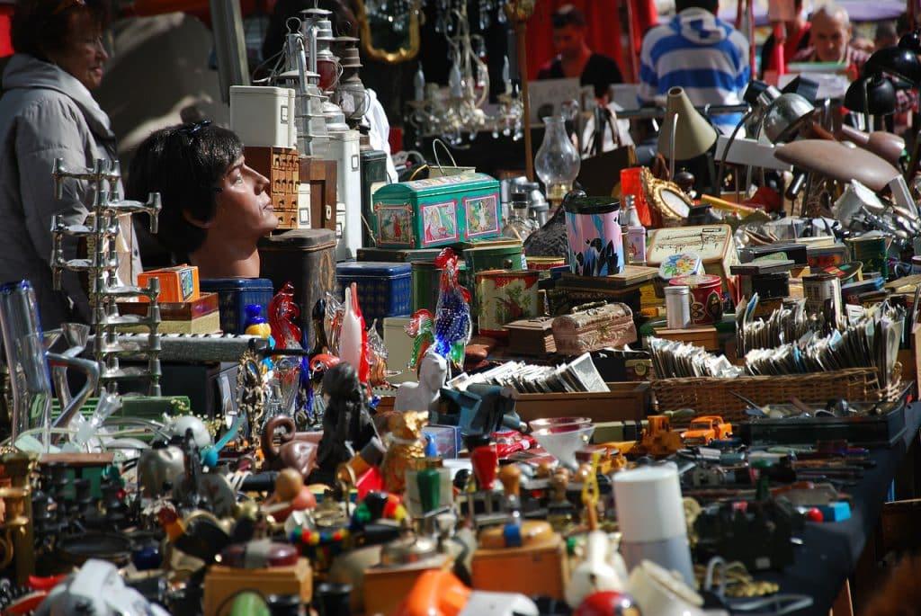flea-market-270566_1280