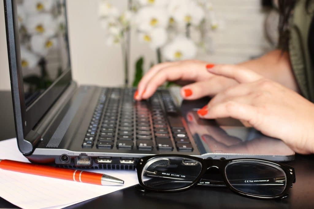 10 Tipps Und Tricks Um Mit Deinem Anschreiben Zu überzeugen Adzunade